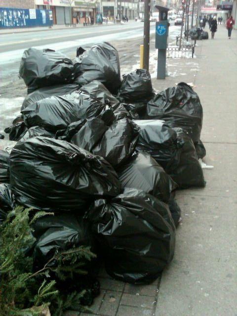 NYC Trash at 125th St.